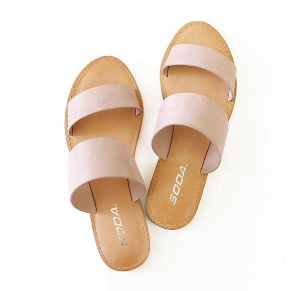 89438168874c allie mauve suede sandal. NWT. Soda